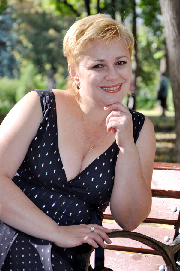 natalia single girls Toplop is a dating site that is an easy and quick way to meet mail order brides from russia, ukraine and other ussr offering thousands sexy photos of beautiful single mail order brides toplop women and girls are waiting for your emails.