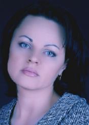 Alla from Kiev, Ukraine. Sensitive and creative lady, speak intermediate English, basic French
