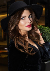 Milla from Kiev, Ukraine. Romantic and wonderful lady single