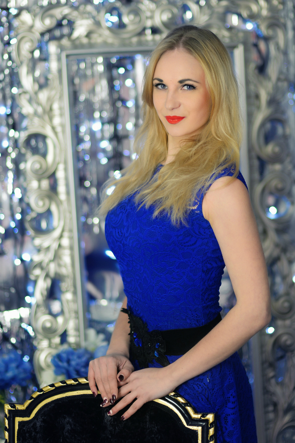 Photo of lady Anastasiia (1)