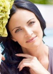 Anastasiia from France, Ukraine. Serious and charming divorced