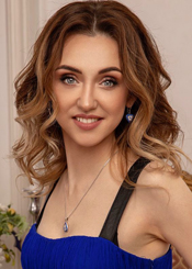 Marina from Kiev, Ukraine. Smart and playful divorced
