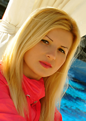 Sophisticated Ukrainian beauty Irina 5026